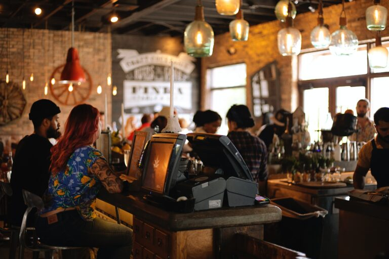 Essential and effective marketing strategies for restaurant owners
